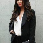 megan-fox-red-lipstick-smart-look