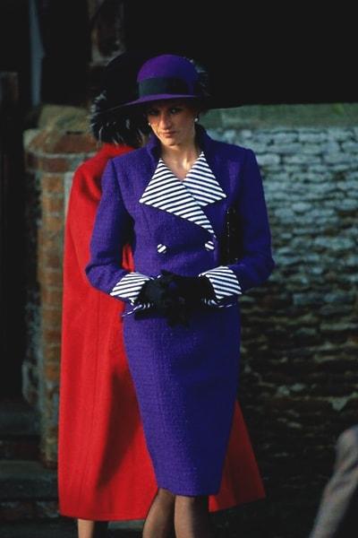 queen-ultra-violet