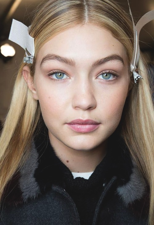 gigi-hadid-eyebrows