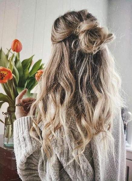 half-up-bun-quick-hairstyle-ideas-min