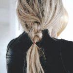 loose-braid-hair