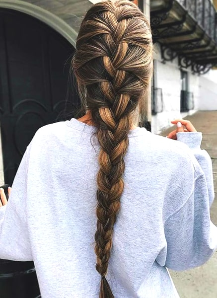 loose-braid-hairstyle