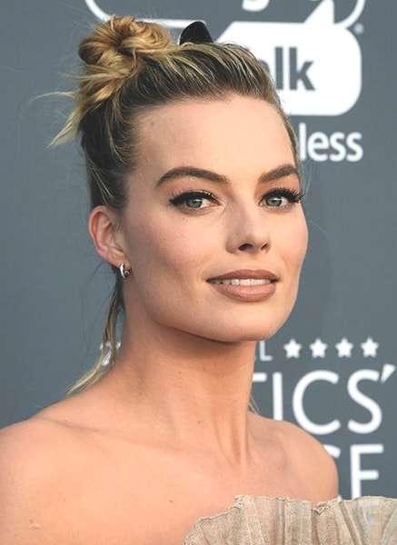 margot-robbie-hairstyles