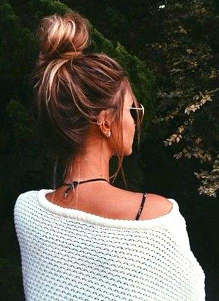 messy-bun-hairstyle