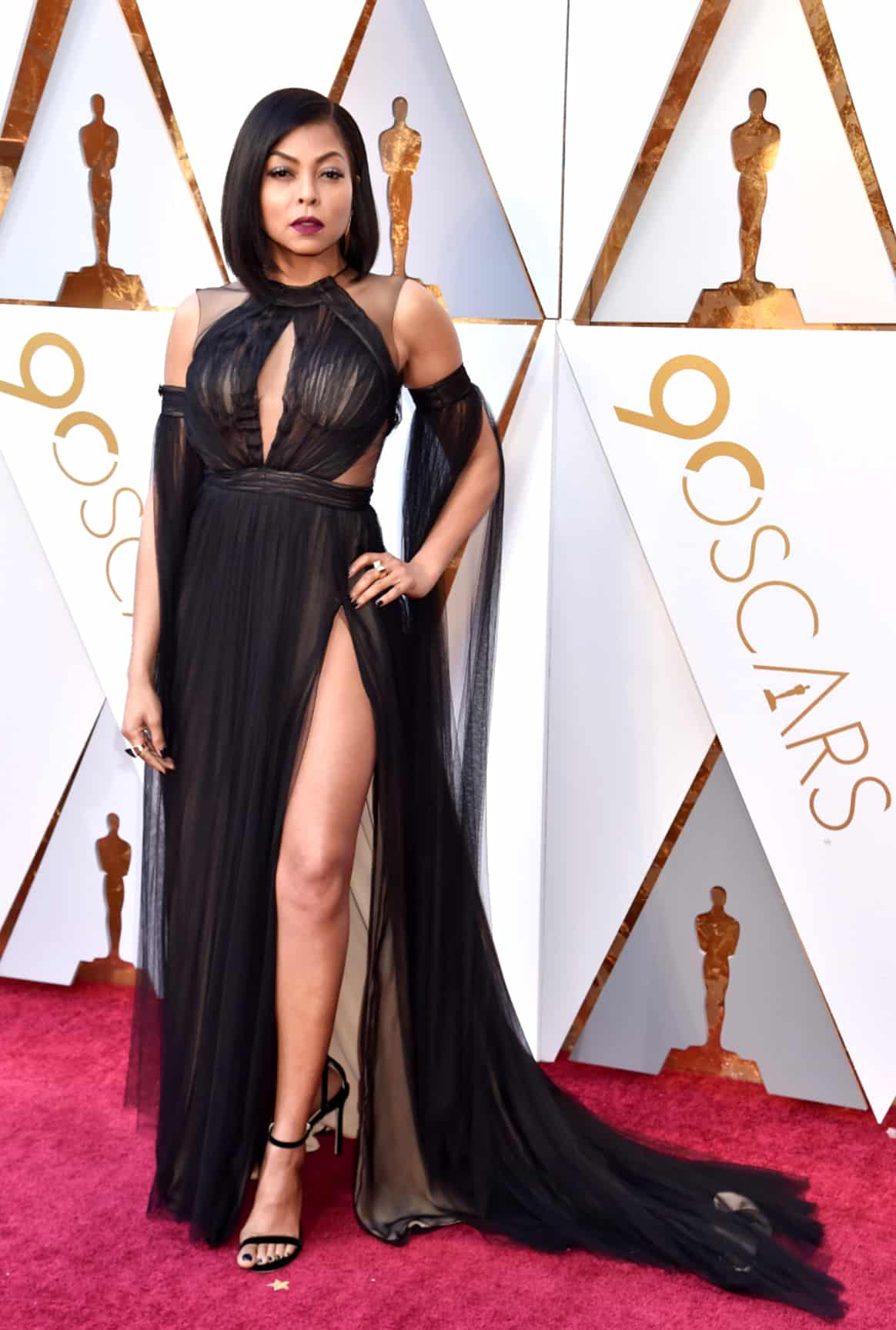 taraji-phenson-red-carpet-dress