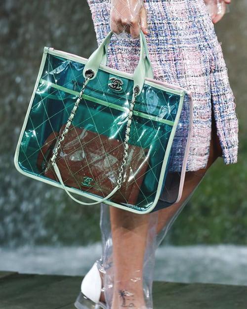 Chanel-spring-2018-transparent-bag