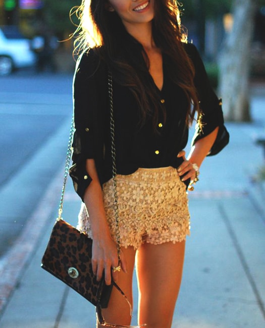 lace-shorts-styling