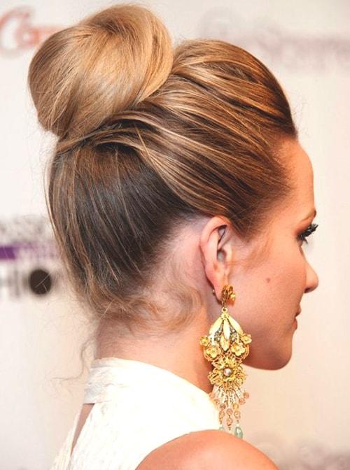 top-knot-bun