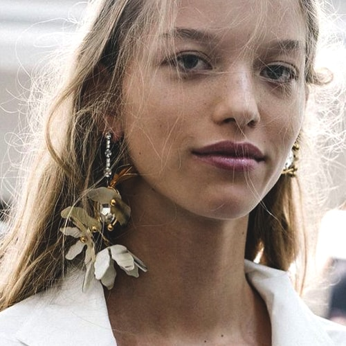 flower-earring-trend-2018