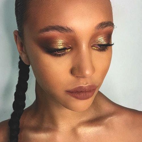 gold-eyeshadow-makeup