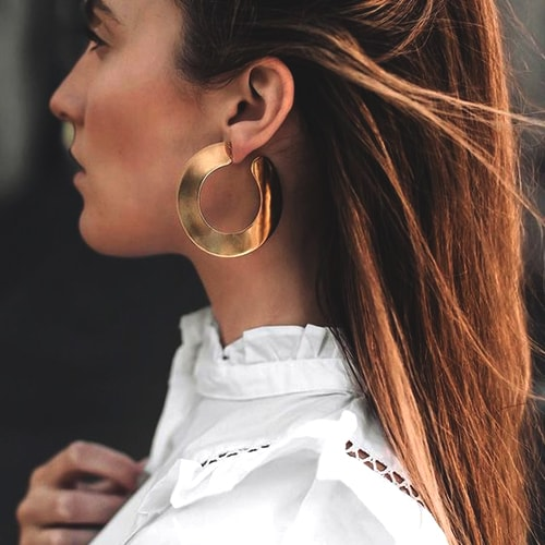 golden-statement-hoops