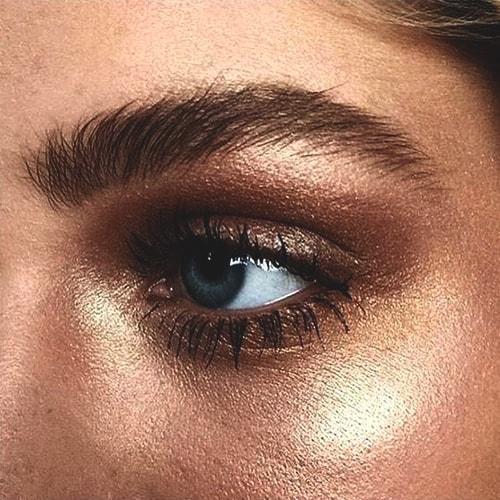 metallic-eye-makeup