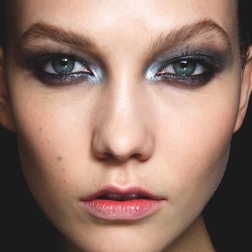 metallic-grey-eye-shadow
