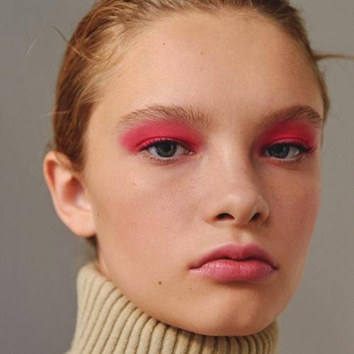 pink-eye-shadow-neon-trend