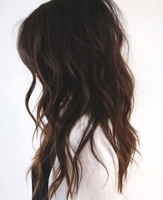 beach-waves-brunette-hair-min