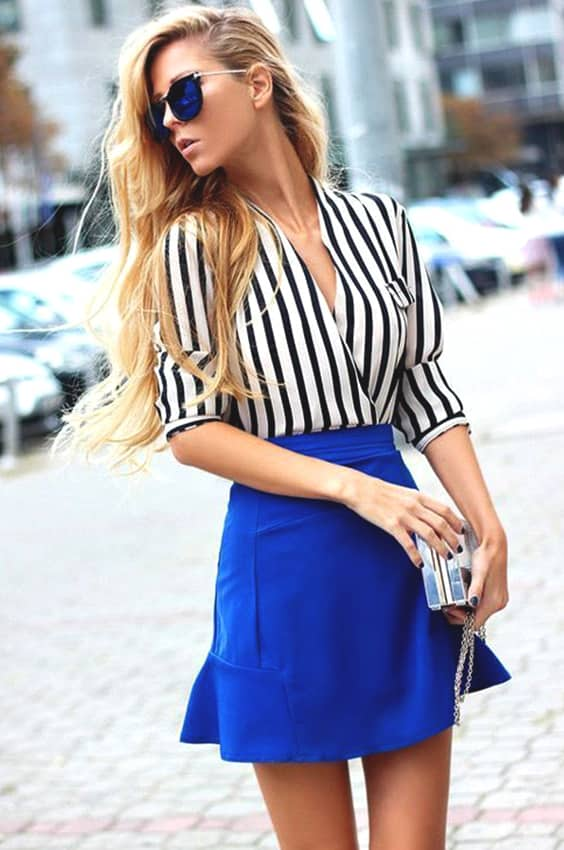 blue-skirt-striped-shirt-outfit
