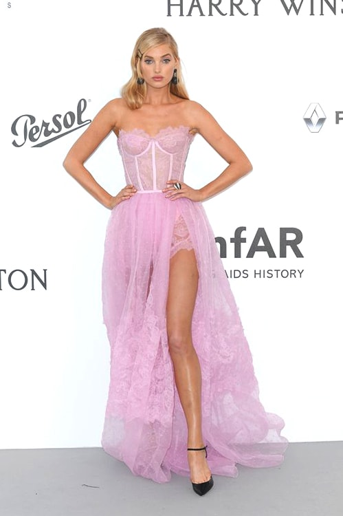 elsa-hosk-pink-lace-red-carpet-look-min