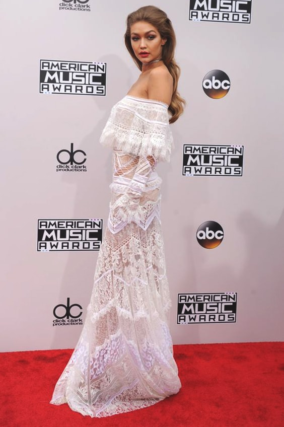 gigi-hadid-white-lace-dress