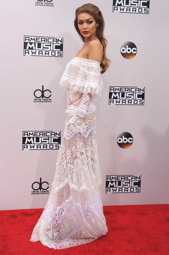 gigi-hadid-white-lace-dress