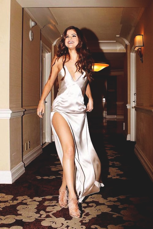 selena-gomez-satin-grey-long-dress-min