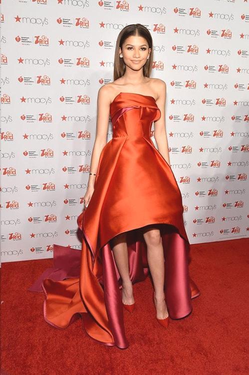 zendaya-red-prom-dress-min