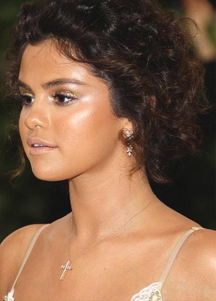 selena-gomez-met-gala-makeup-look