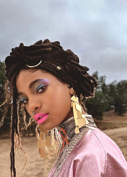 willow-smith-colorful-makeup-ideas-min