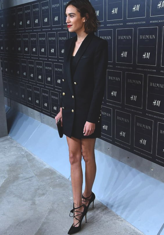 black-blazer-dress-for-fall-min