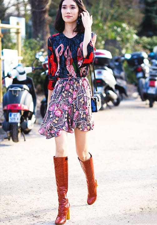 floral-printed-outfit-ideas-for-fall-min