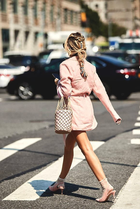 baby-pink-monochrome-outfit-from-nyfw-street-style-spring-2019-min