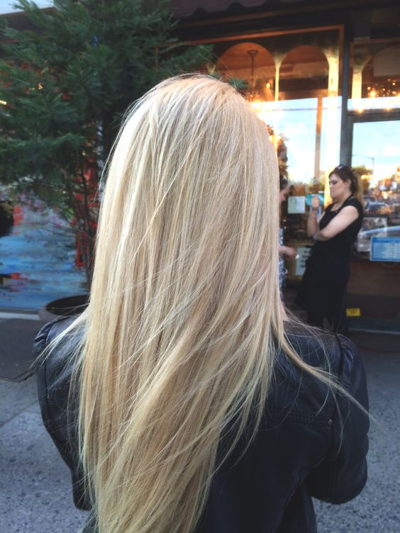 blonde-hair-long-layers