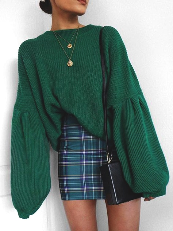 green-over-sized-sweater-green-plaid-skirt-outfit-idea-for-fall-semester