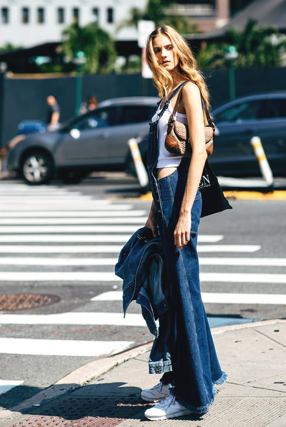 444e04a4e2ff jumpsuit-denim-outfit-street-style-nyfw-2018-fall-min
