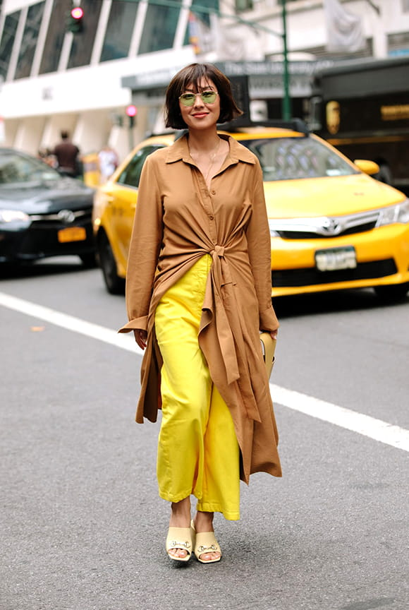 khaki-color-outfit-street-style-from-nyfw-spring-2019-min