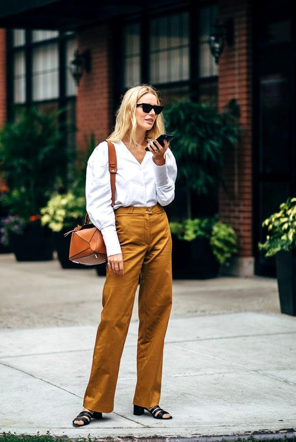 khaki-pant-white-shirt-nyfw-street-style-fall-2018-min