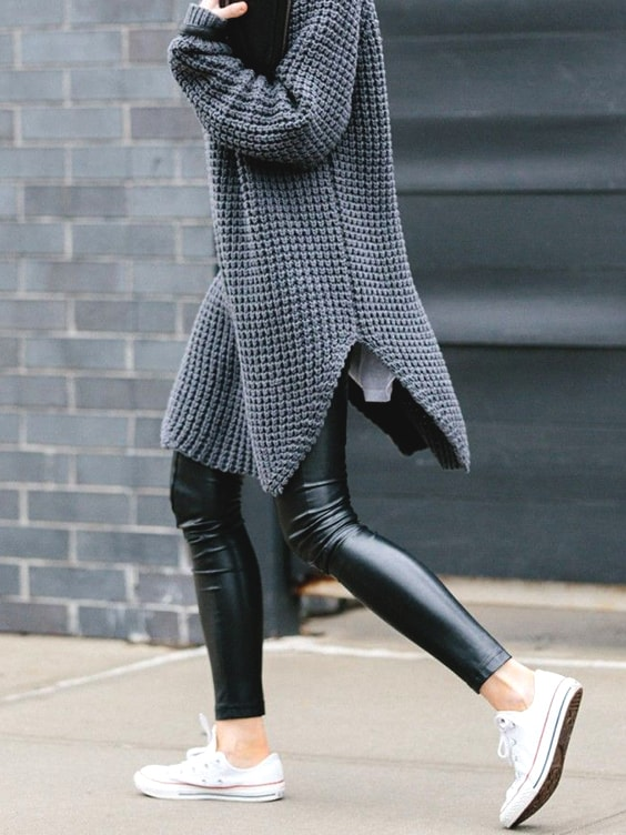 over-size-grey-sweater-street-style-school-fall-trend