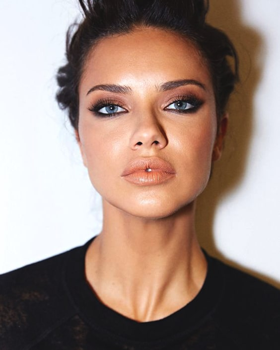 adriana-lima-makeup-look