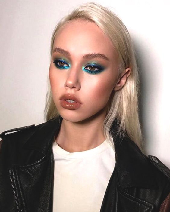 blue-hued-smoky-eye-makeup