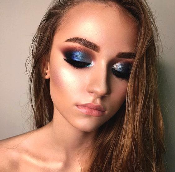 blue-smokey-eye-makeup
