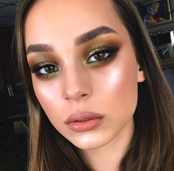 green-smokey-eye-makeup-trend-min