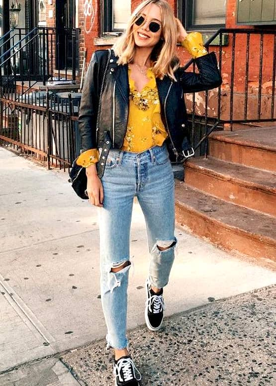 boyfriend-jeans-outfit-ideas-black-leather-jacket