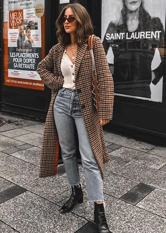 boyfriend-jeans-white-tee-and-checked-coat