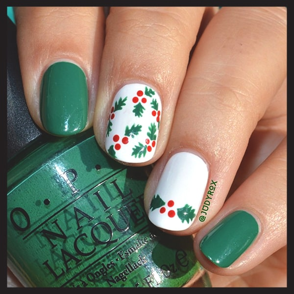 christmas-nail-art-design-green-mistle-toe-nails-min