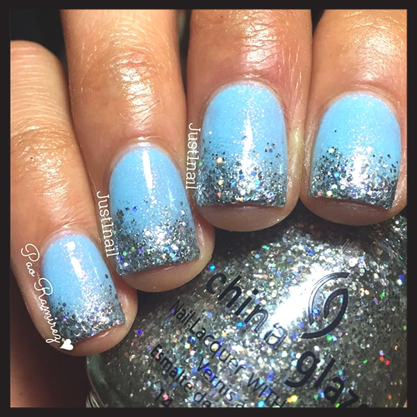 christmas-nail-art-design-ideas-blue-and-silver-glittery-nails-min