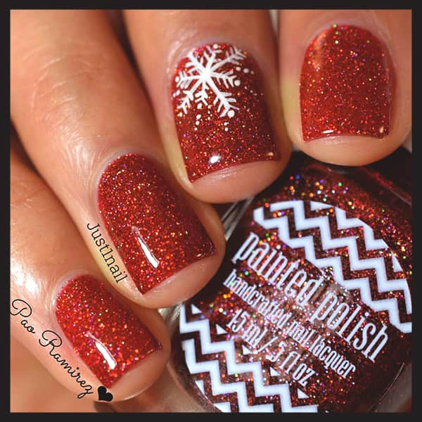christmas-nail-art-ideas-red-glittery-and-snowflake-nails-min