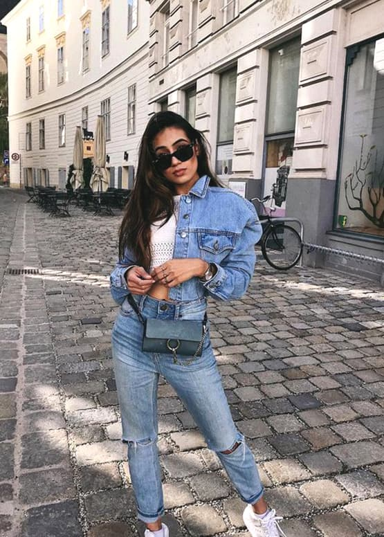 denim-on-denim-boyfriend-jeans-outfit