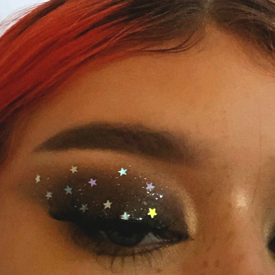 starry-eye-makeup-smokey-eyes-min