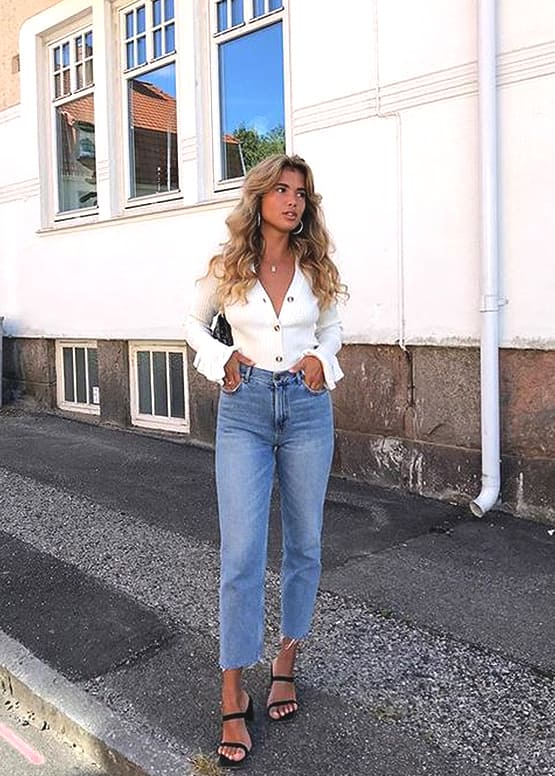 white-button-down-top-boyfriend-jean-outfit-idea