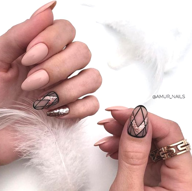 abstract-rose-gold-nail-designs-min
