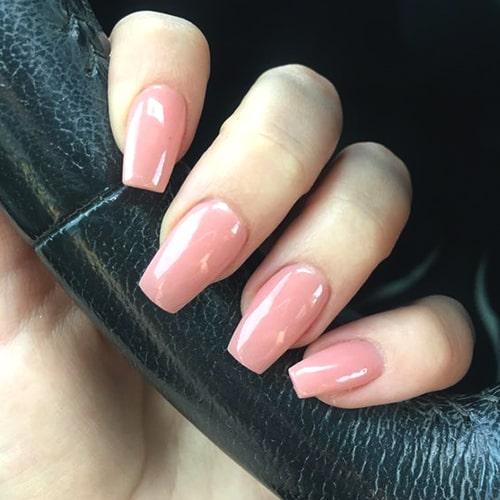 dip-powder-nail-art-dip-manicure-trend-min